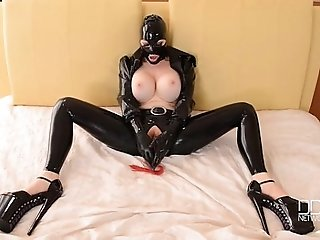 BDSM Sex Goddess Latex Lucy Masturbates till Orgasm